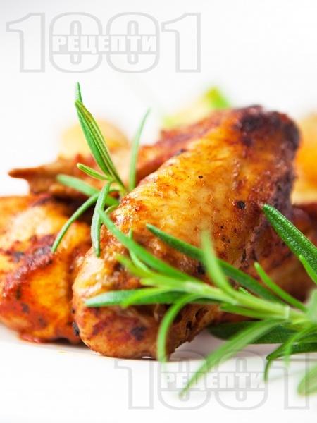 Печени пилешки крилца на скара в марината от шипков мармалад и тъмна бира на фурна - снимка на рецептата